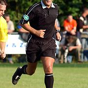 NLD/Buitenpost/20050707 - Oefenwedstrijd Cambuur - Valencia, scheidsrechter Ben Haverkort