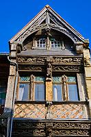 France, Seine-Maritime (76), Pays de Caux, Côte d'Albâtre, Etretat, façade d'une maison traditionnelle // France, Seine-Maritime (76), Pays de Caux, Côte d'Albâtre, Etretat, facade of a traditional house