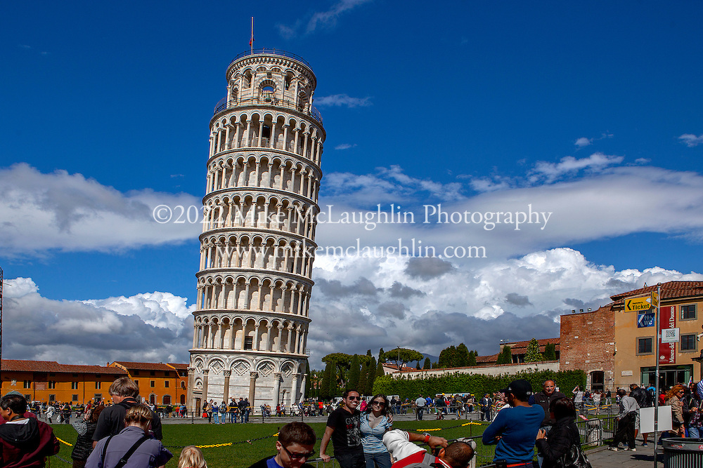 April 30, 2014<br /> Torre di Pisa (Leaning Tower of Pisa). Pisa, Italy.<br /> ©2014 Mike McLaughlin<br /> www.mikemclaughlin.com<br /> All Rights Reserved