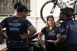 Wiggle High5 discuss pre-race logistics with police at Madrid Challenge by la Vuelta 2017 - a 87 km road race on September 10, 2017, in Madrid, Spain. (Photo by Sean Robinson/Velofocus.com)