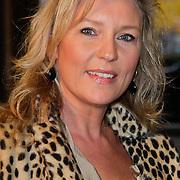NLD/Amsterdam/20111029- JFK Greatest Man Award 2011, schrijfster Saskia Noort