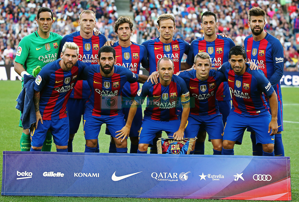 August 10, 2016 - Barcelona, Spain - FC Barcelona team during the match corresponding to the Joan Gamper Trophy, played at the Camp Nou stadiium, on august 10, 2016. (Credit Image: © Joan Valls/NurPhoto via ZUMA Press)