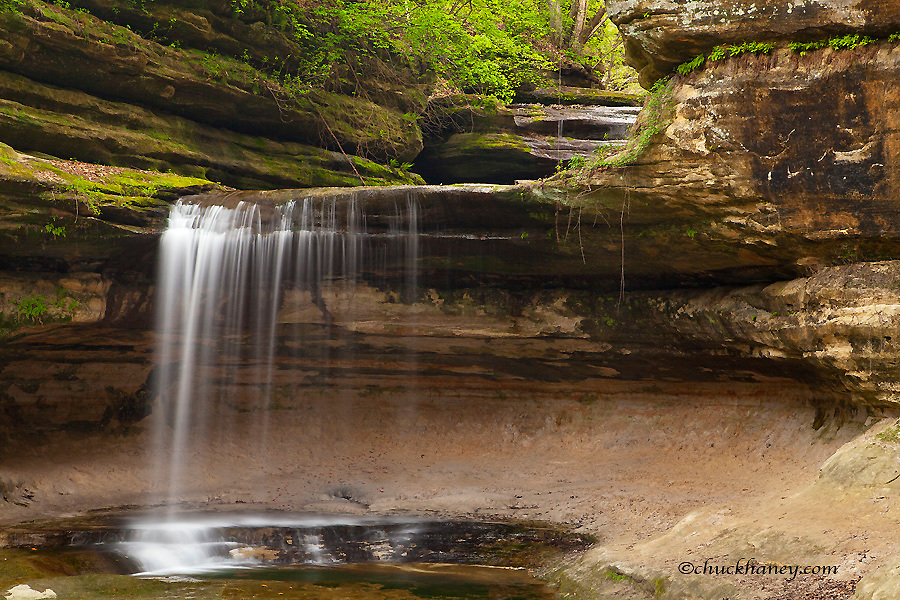 Waterfalls in LaSalle Canyon in Starved Rock State Park, Illinois, USA