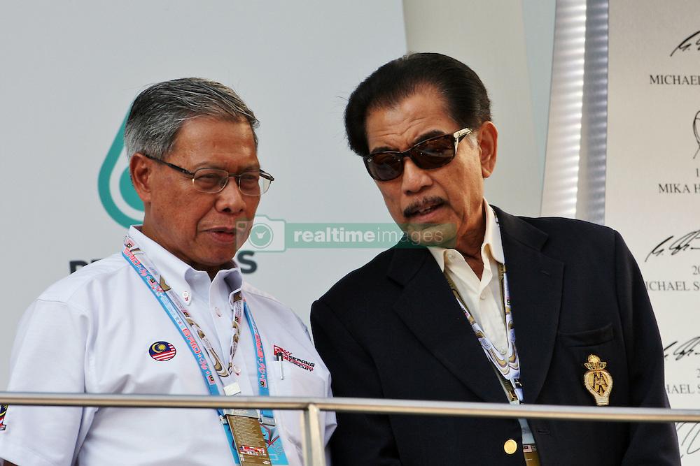 Podium dignitaries.<br /> 02.10.2016. Formula 1 World Championship, Rd 16, Malaysian Grand Prix, Sepang, Malaysia, Sunday.<br /> Copyright: Photo4 / XPB Images / action press