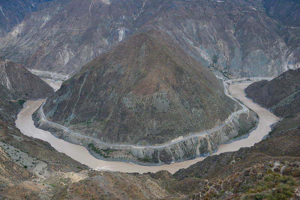 The Great Bend of the Jingsha River (later becomes the Yangtze River), Yunnan, China