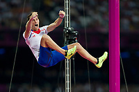 LONDON OLYMPIC GAMES 2012 - OLYMPIC STADIUM , LONDON (ENG) - 10/08/2012 - PHOTO : POOL / KMSP / DPPI<br /> ATHLETICS - MEN'S POLE VAULT - RENAUD LAVILLENIE (FRA) / WINNER GOLD MEDAL