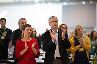 DEU, Deutschland, Germany, Leipzig, 10.11.2018: Ska Keller, MdEP, BÜNDNIS 90/DIE GRÜNEN, und Sven Giegold, MdEP, BÜNDNIS 90/DIE GRÜNEN, Spitzenkandidaten für die Europawahl 2019. Bundesparteitag von BÜNDNIS 90/DIE GRÜNEN, Messe Leipzig. Auf dem Parteitag wurden die KandidatInnen für die Europawahl im Mai 2019 gewählt.