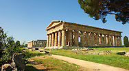 The ancient Doric Greek Temple of Hera of Paestum  built in about 460–450 BC. Paestum archaeological site, Italy. .<br /> <br /> If you prefer to buy from our ALAMY PHOTO LIBRARY  Collection visit : https://www.alamy.com/portfolio/paul-williams-funkystock/paestum-greek-temples.html<br /> Visit our CLASSICAL WORLD HISTORIC SITES PHOTO COLLECTIONS for more photos to buy as buy as wall art prints https://funkystock.photoshelter.com/gallery-collection/Classical-Era-Historic-Sites-Archaeological-Sites-Pictures-Images/C0000g4bSGiDL9rw