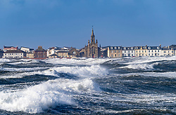 Saltcoats, Scotland, UK. 9 February, 2020.  Storm Ciara at Saltcoats in Ayrshire. With high tide due at midday and winds expected to increase in speed later in the day, the height of the waves are expected to dramatically increase. Pic; Large waves in Saltcoats harbour. Iain Masterton/Alamy Live News.