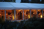 Cartier dinner after thecharity preview of the Chelsea Flower show. Chelsea Physic Garden. 23 May 2005. ONE TIME USE ONLY - DO NOT ARCHIVE  © Copyright Photograph by Dafydd Jones 66 Stockwell Park Rd. London SW9 0DA Tel 020 7733 0108 www.dafjones.com