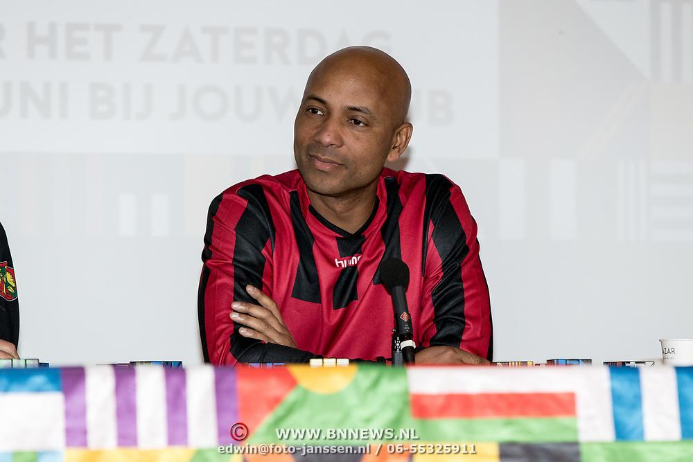 NLD/Zeist/20191123 - persconferentie Nationaal Artiesten Elftal van de KNVB, Humberto Tan
