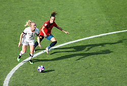 USA's Sam Mewis (left) and Spain's Virginia Torrecilla in action