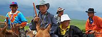 Mongolie, province de Ovorkhangai, Burd, la fete du Naadam, course de chevaux, spectateurs // Mongolia, Ovorkhangai province, Burd, the Naadam festival, horses race, spectator