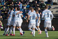En jublende målscorer Jonas Henriksen i centrum efter scoringen til 1-0 under kampen i 1. Division mellem FC Helsingør og Skive IK den 18. oktober 2020 på Helsingør Stadion (Foto: Claus Birch).