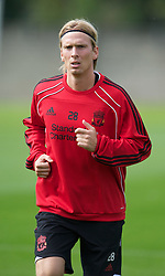 18.08.2010, Melwood Trainingground, Liverpool, ENG, UEFA EL, Liverpool Fc Training, im Bild Liverpool's Christian Poulsen, während des Trainings vor dem UEFA Europa League Play-Off Hinspiel gegen Trabzonspor A.S. , EXPA Pictures © 2010, PhotoCredit: EXPA/ Propaganda/ D. Rawcliffe *** ATTENTION *** UK OUT! / SPORTIDA PHOTO AGENCY