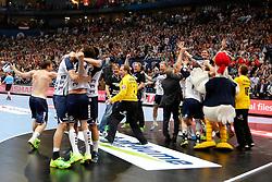31.05.2014, Lanxess Arena, Koeln, GER, EHF CL, FC Barcelona vs SG Flensburg Handewitt, Halbfinale, im Bild Flensberger Abschlussjubel // during the EHF Champions League semifinal match between FC Barcelona and SG Flensburg Handewitt at the Lanxess Arena in Koeln, Germany on 2014/05/31. EXPA Pictures © 2014, PhotoCredit: EXPA/ Eibner-Pressefoto/ Schueler<br /> <br /> *****ATTENTION - OUT of GER*****