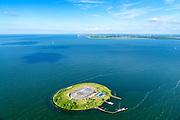 Nederland, Noord-Holland, Pampus, 13-06-2017; Forteiland Pampus in het IJmeer, onderdeel van de Stelling van Amsterdam. Rijksmonument, onderdeel van de Werelderfgoedlijst van Unesco. Flevoland, Almere in de achtergrond.<br /> Fort Pampus Island in the IJmeer, part of the Defence Line of Amsterdam. Unesco World Heritage.<br /> luchtfoto (toeslag op standaard tarieven);<br /> aerial photo (additional fee required);<br /> copyright foto/photo Siebe Swart