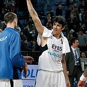 Efes Pilsen's Kerem GONLUM during their Turkish Basketball league match Efes Pilsen between Erdemir at the Sinan Erdem  Arena in Istanbul Turkey on Saturday 29 January 2011. Photo by TURKPIX
