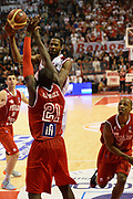 DESCRIZIONE : Pistoia Lega serie A 2013/14  Giorgio Tesi Group Pistoia Pesaro<br /> GIOCATORE : <br /> CATEGORIA : tiro<br /> SQUADRA : Giorgio Tesi Group Pistoia<br /> EVENTO : Campionato Lega Serie A 2013-2014<br /> GARA : Giorgio Tesi Group Pistoia Pesaro Basket<br /> DATA : 24/11/2013<br /> SPORT : Pallacanestro<br /> AUTORE : Agenzia Ciamillo-Castoria/M.Greco<br /> Galleria : Lega Seria A 2013-2014<br /> Fotonotizia : Pistoia  Lega serie A 2013/14 Giorgio  Tesi Group Pistoia Pesaro Basket<br /> Predefinita :