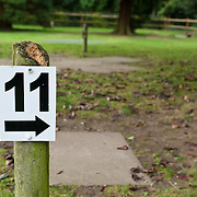 11 number arrow sign