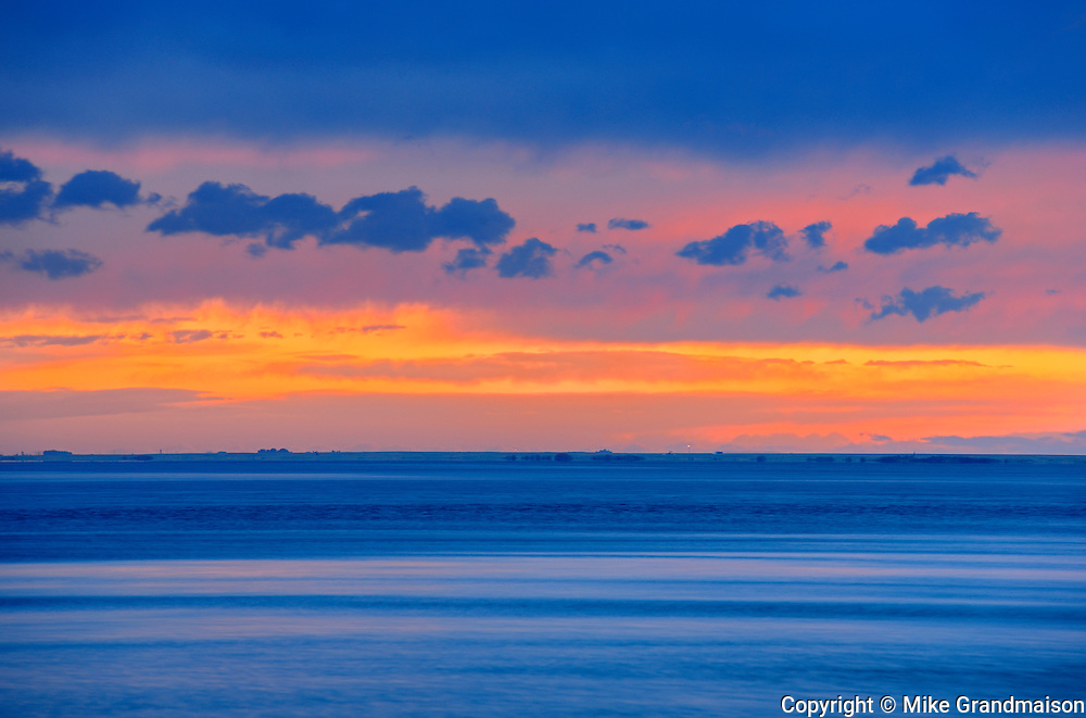 Lake Newell st sunset<br /> Kinbrook Island Provincial Park<br /> Alberta<br /> Canada
