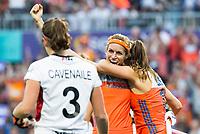 AMSTELVEEN -  Carlien Dirkse van den Heuvel (Ned) heeft gescoord  tijdens  de gewonnen  damesfinale Nederland-Belgie bij de Rabo EuroHockey Championships 2017.   COPYRIGHT KOEN SUYK