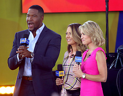 August 10, 2018 - New York City, New York, U.S. - 'GMA' hosts MARK STRAHAN, GINGER ZEE and AMY ROBACH from 'The Chainsmokers' performs on 'Good Morning America' held in Central Park. (Credit Image: © Nancy Kaszerman via ZUMA Wire)