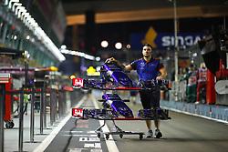 September 13, 2018 - Singapore, Singapore - Motorsports: FIA Formula One World Championship 2018, Grand Prix of Singapore,  Red Bull Toro Rosso Honda. (Credit Image: © Hoch Zwei via ZUMA Wire)