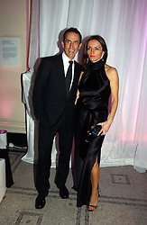 BEN DE LISI and DEBBIE LOVEJOY at the British Fashion Awards 2006 sponsored by Swarovski held at the V&A Museum, Cromwell Road, London SW7 on 2nd November 2006.<br /><br />NON EXCLUSIVE - WORLD RIGHTS