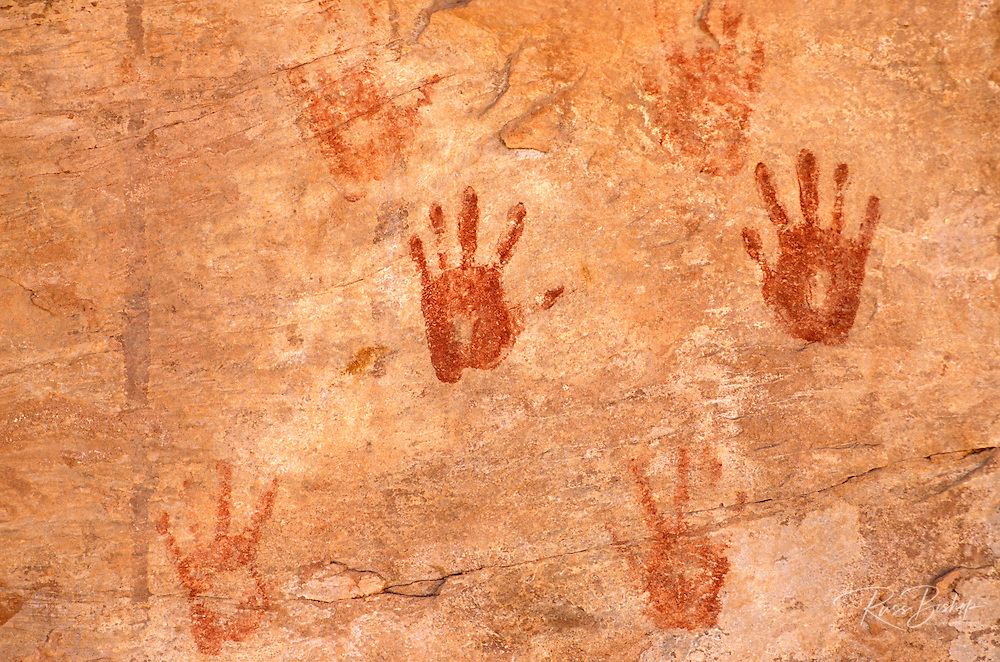 Anasazi hand prints at Turkey Pen Ruin, Grand Gulch Primitive Area, Utah USA