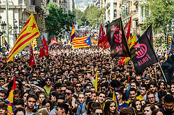 October 1, 2018 - Barcelona, Catalonia, Spain - Thousands of protestors for the independence of Catalonia are seen in Via Laietana of Barcelona. Thousands of students have demonstrated for the Catalan Republic celebrating the memory of the resistance of the past October 1, 2017 under the motto 'We will not forget, we will not forgive.' (Credit Image: © Paco Freire/SOPA Images via ZUMA Wire)