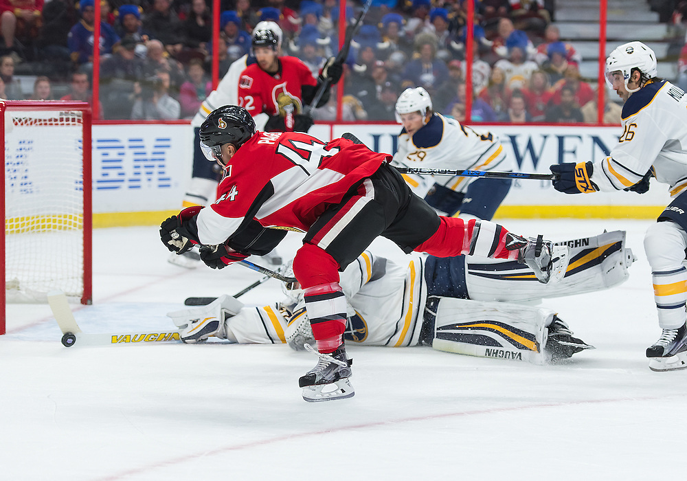 OTTAWA, ON. NOVEMBER 05: Buffalo Sabres Goalie Robin Lehner (40) makes a stick save against Ottawa Senators Center Jean-Gabriel Pageau (44) during the NHL game between the Ottawa Senators and the Buffalo Sabres on November 05, 2016 at the Canadian Tires Centre in Ottawa, Ontario, Canada. (Photo by Steve Kingsman/Icon Sportswire)