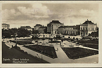 Zagreb : Glavni kolodvor = Hauptbahnhof. <br /> <br /> ImpresumS. l. : S. n., [1932].<br /> Materijalni opis1 razglednica : tisak ; 9 x 13,9 cm.<br /> Vrstavizualna građa • razglednice<br /> ZbirkaGrafička zbirka NSK • Zbirka razglednica<br /> Formatimage/jpeg<br /> PredmetZagreb –– Trg kralja Tomislava<br /> SignaturaRZG-TOM-38<br /> Obuhvat(vremenski)20. stoljeće<br /> NapomenaRazglednica je putovala 1931. godine.<br /> PravaJavno dobro<br /> Identifikatori000953679<br /> NBN.HRNBN: urn:nbn:hr:238:069661 <br /> <br /> Izvor: Digitalne zbirke Nacionalne i sveučilišne knjižnice u Zagrebu