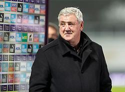 NEWCASTLE-UPON-TYNE, ENGLAND - Wednesday, December 30, 2020: Newcastle United's manager Steve Bruce before the FA Premier League match between Newcastle United FC and Liverpool FC at St. James' Park. The game ended in a goal-less draw. (Pic by David Rawcliffe/Propaganda)