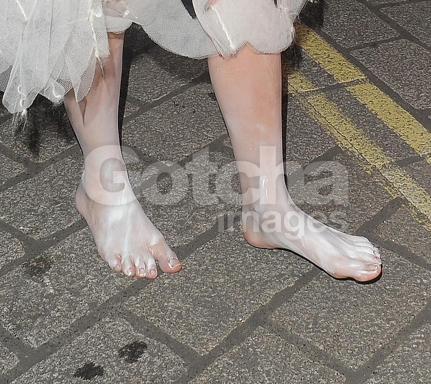 Feet lady gaga Lady Gaga's