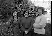Seapoint Ladies At Korean Ambassadors Residence. (R95)..1989..02.02.1989..2nd February 1989..At the Korean Ambassadors residence in Monkstown, Co Dublin, two ladies from Seapoint attended for a musical morning with the Ambassador's wife, Madam Lee...Pictured after their recital at the Korean Ambassador's residence were the Ladies from Seapoint and Madam Lee, the wife of the Ambassador.