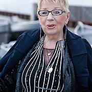 NLD/Loosdrecht/20121126 - CD uitreiking Anneke Gronloh, renee van den Berg