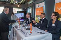 UTRECHT -  Lout Mangelaar Meertens met Jeroen Stevens, Willem Zelmann en Caroline Huyskes.   Algemene Ledenvergadering van de Nederlandse Golf Federatie NGF.   COPYRIGHT KOEN SUYK