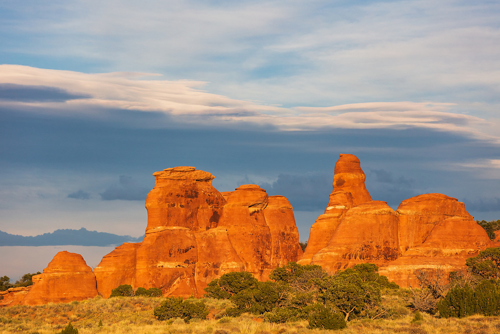 https://Duncan.co/formations-at-arches-and-clouds