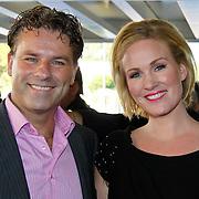 NLD/Tilburg/20101010 - Inloop musical Legaly Blonde, Rein Kolpa en partner Wieneke Remmers