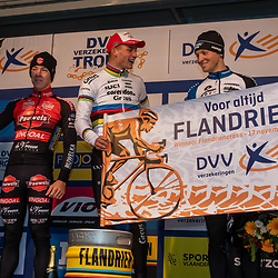 17-11-2019: Wielrennen: Veldrijden DVV cross: Hamme Mathieu van der Poel wins in Hamme,  Laurens Sweek ends second and Tim Merlier third