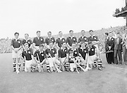 Neg No: 860/a1769-a1778,..4091955AISHCF,..04.09.1955, 09.14.1955, 4th September 1955,..All Ireland Senior Hurling Championship - Final,..Wexford.03-13,.Galway.02-08,..