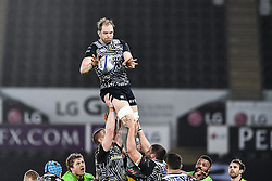 Ospreys' Alun Wyn Jones claims the lineout<br /> <br /> Photographer Craig Thomas/Replay Images<br /> <br /> EPCR Champions Cup Round 4 - Ospreys v Northampton Saints - Sunday 17th December 2017 - Parc y Scarlets - Llanelli<br /> <br /> World Copyright © 2017 Replay Images. All rights reserved. info@replayimages.co.uk - www.replayimages.co.uk