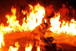 June 9, 2017 - Pecatu, Bali, Indonesia - Hanoman (white monkey) was tied up and burned in the popular theatrical performance of Uluwatu on June 9, 2017 at Uluwatu Tample in Pecatu Village, Bali, Indonesia. (Credit Image: © Muhammad Fauzy/NurPhoto via ZUMA Press)