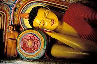 Sri Lanka, Anuradhapura, Isurumuniya Vihara, Bouddha couche// Sleeping Bouddha, Isurumuniya, Annuradhapura, Sri Lanka