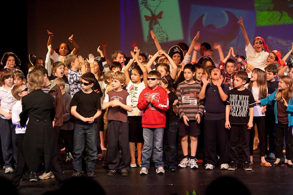 August 6th 2009: Melbourne: Caulfield Junior College Senior School performance.