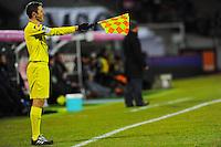 Illustration hors jeu / ARBITRE DE TOUCHE  - 04.03.2015 - Evian Thonon / Lorient - Match en retard de la 26eme journee de Ligue 1 <br />Photo : Jean Paul Thomas / Icon Sport