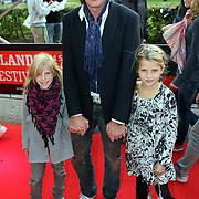 NLD/Utrecht/20080928 - Premiere Radeloos, Erik de Zwart en dochters Merel en Jasmijn