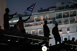 """© Licensed to London News Pictures. 03/07/2015. Supporters of the 'No' campaign take part in a rally """"no"""", Parliament square in Athens ahead of a referendum on a Greek bailout package. Photo credit: Katerina Kotti/LNP"""