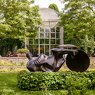 Garden of Arne and Milly Glimche, Georgica Close Rd, East Hampton, NY